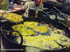 Roadside Cooking, Roadside hawkers, Roadside illegal cooking,