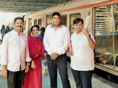 Mumbai corporators who travelled by train, shiv Sena corporator travelled by train, pothole menace to shiv Sena corporators
