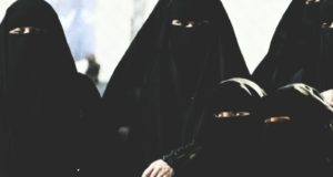 Why Burqa is black, burqa black fact