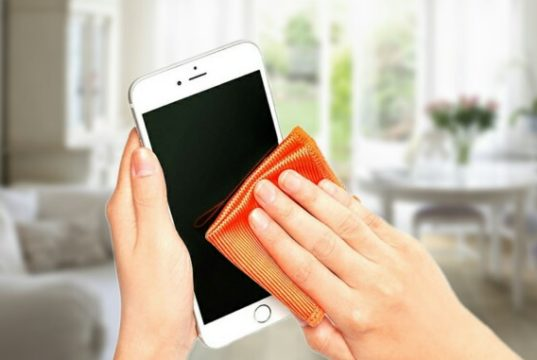 disinfection process of Smartphone, Smartphone Disinfected, Smartphone disinfect